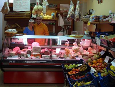 LL Golsolone, general market, sweet owners Luigi & Joanna